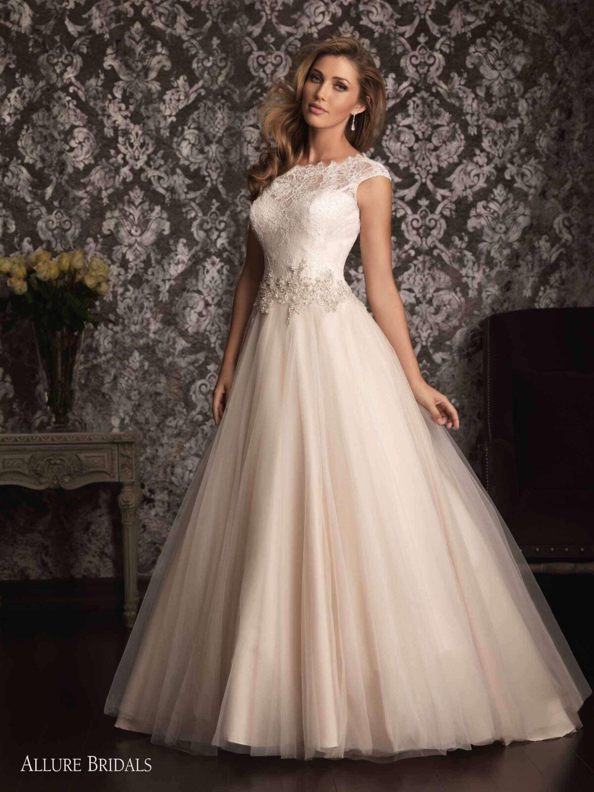 Allure Wedding Dresses.Allure Bridal 9022