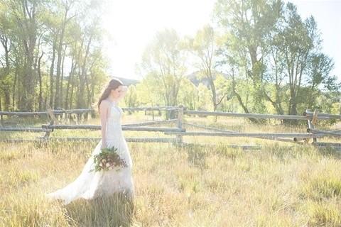 Allure Bridals 9526 side walking