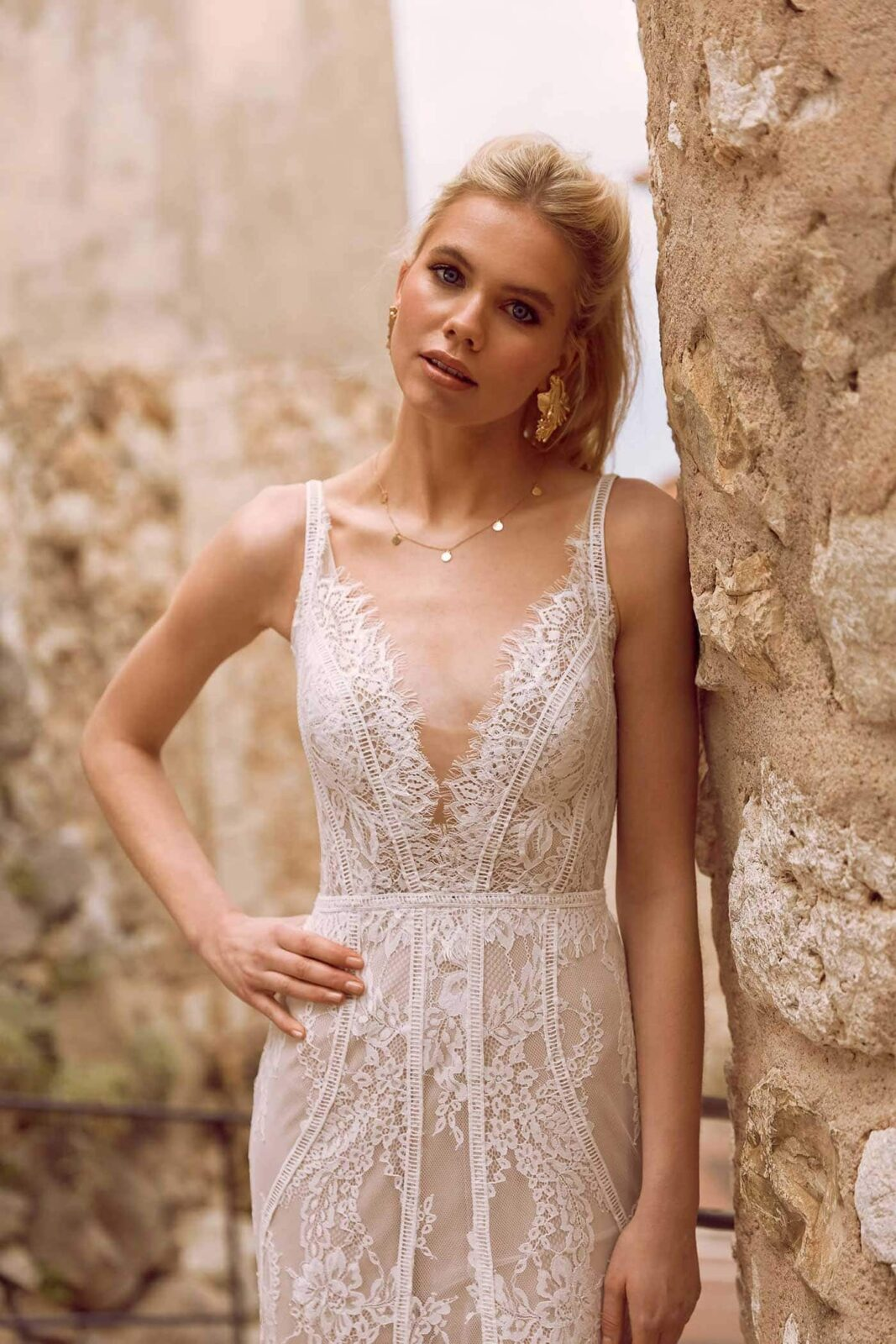 EZRA-ML9718-FULL-LACE-FITTED-GOWN-WITH-PLUNGING-V-NECKLINE-LACE-STRAPS-AND-ZIP-UP-BACK-WEDDING-DRESS-MADI-LANE-BRIDAL3