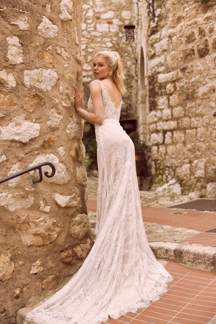 EZRA-ML9718-FULL-LACE-FITTED-GOWN-WITH-PLUNGING-V-NECKLINE-LACE-STRAPS-AND-ZIP-UP-BACK-WEDDING-DRESS-MADI-LANE-BRIDAL4