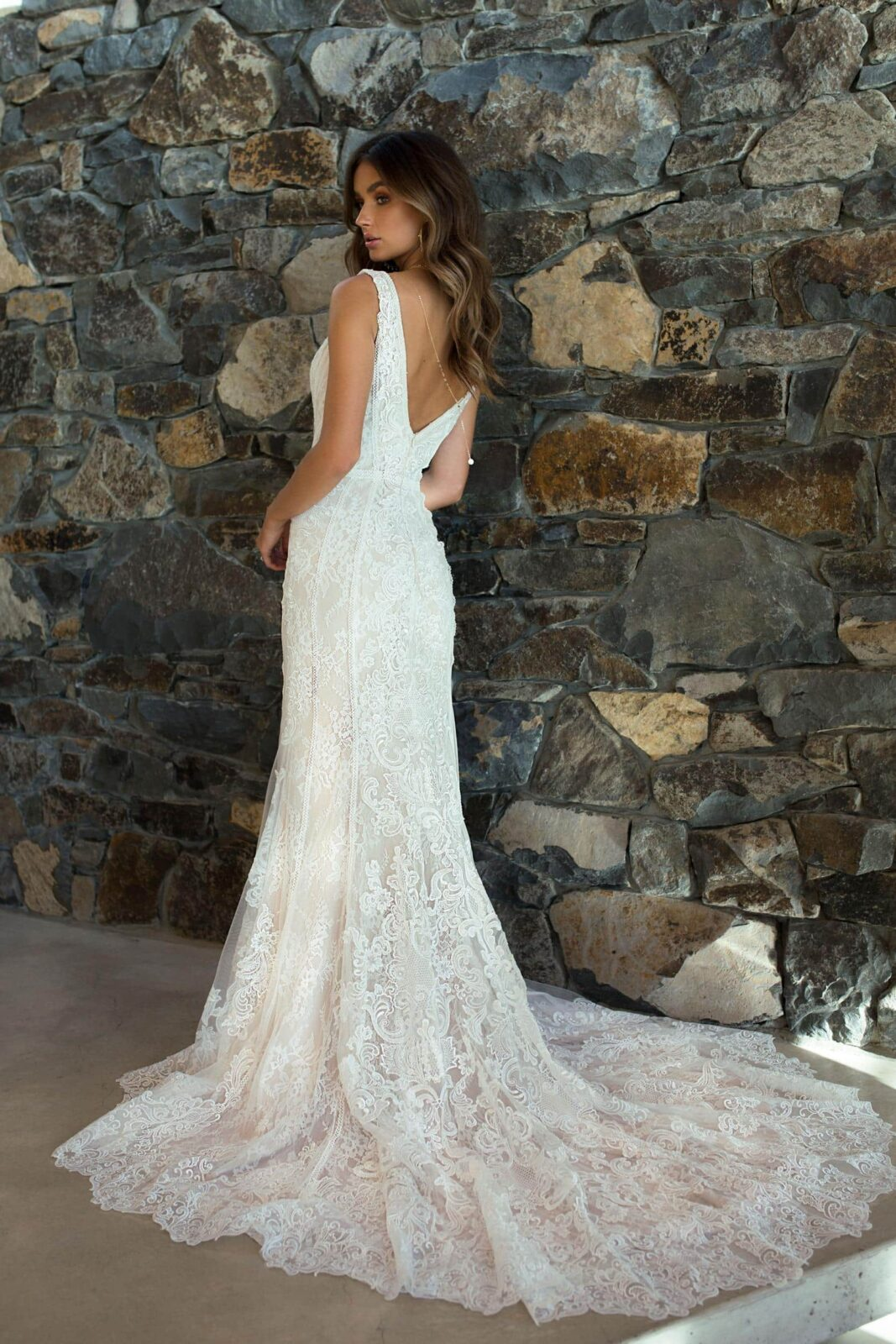 RAYA-ML6818-FITTED-LACE-GOWN-WITH-V-NECK-STRAPS-AND-FULL-LACE-TRAIN-WEDDING-DRESS-MADI-LANE-BRIDAL8-1667x2500