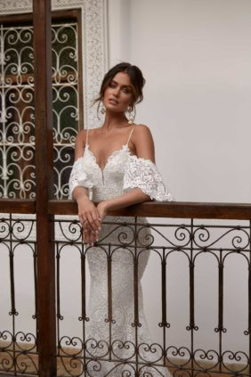 ARWEN-ML17488-FULL-LACE-FITTED-GOWN-WITH-SPAGHETTI-STRAPS-AND-DETACHABLE-OFF-SHOULDER-FLUTTER-SLEEVES-WEDDING-DRESS-MADI-LANE-BRIDAL1