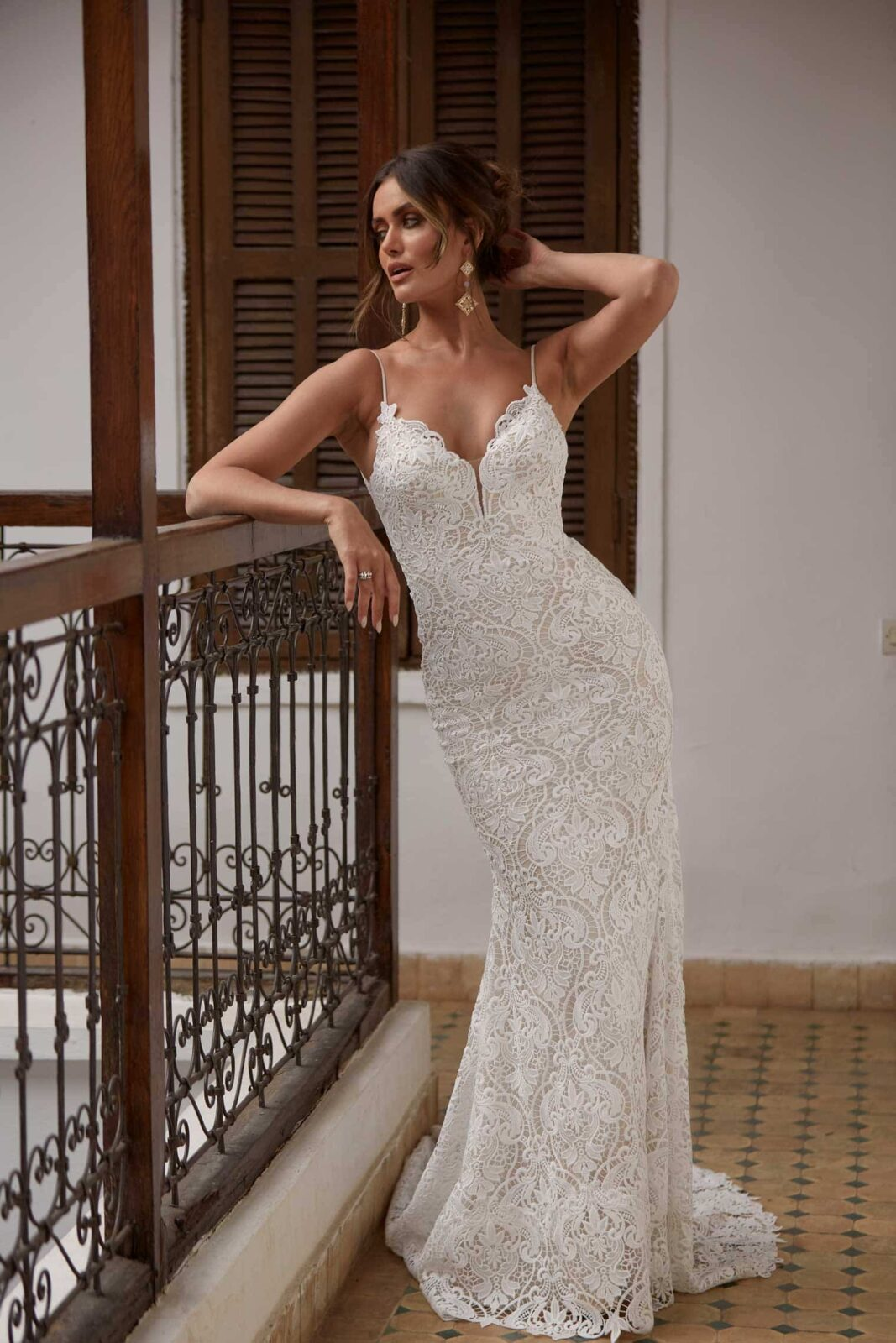 ARWEN-ML17488-FULL-LACE-FITTED-GOWN-WITH-SPAGHETTI-STRAPS-AND-DETACHABLE-OFF-SHOULDER-FLUTTER-SLEEVES-WEDDING-DRESS-MADI-LANE-BRIDAL4